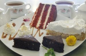 Merienda para 2 con degustación de tartas + Café o Té